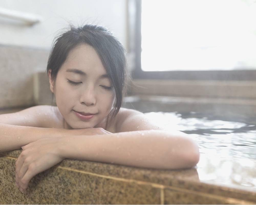 bain chaud pour passer les regles douloureuses